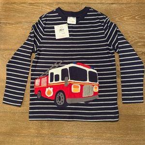 Boys Hanna Andersson firetruck shirt sz120 6/7 NWT